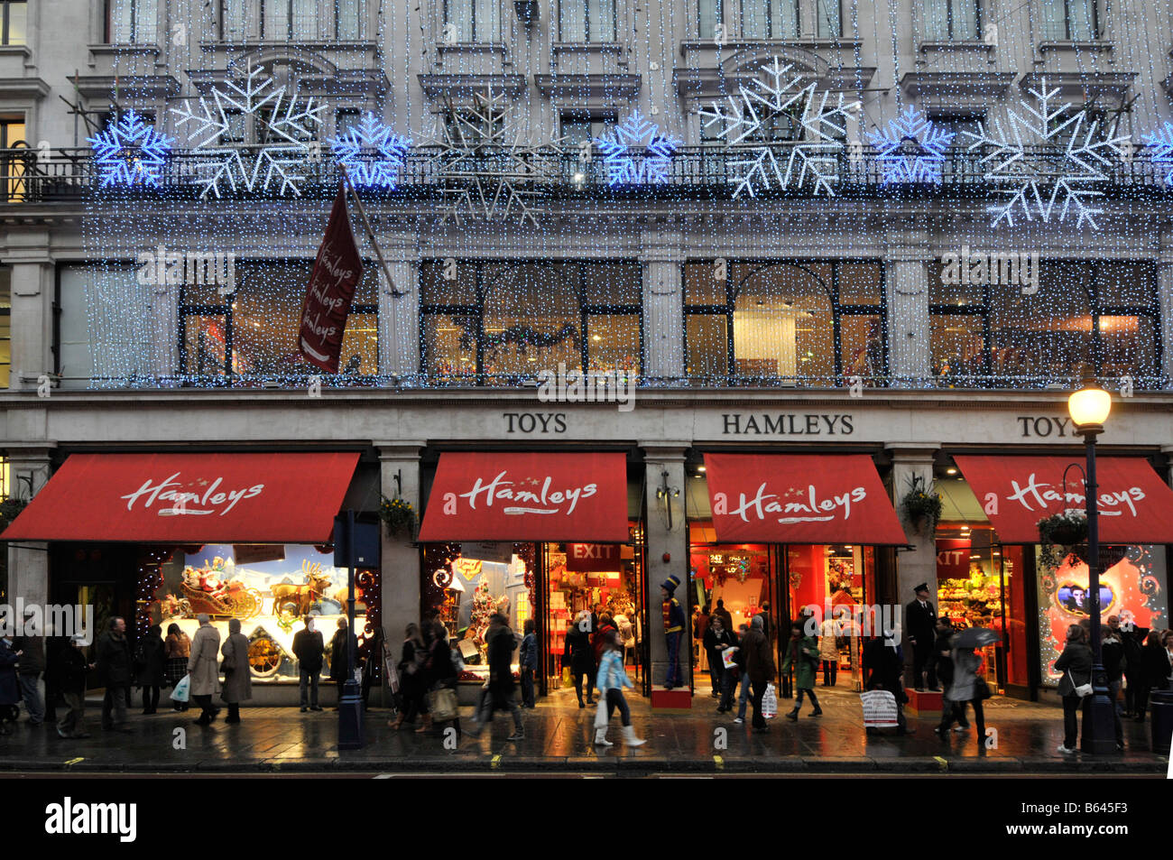 hamleys toy store regent street with christmas lights - Christmas Light Store
