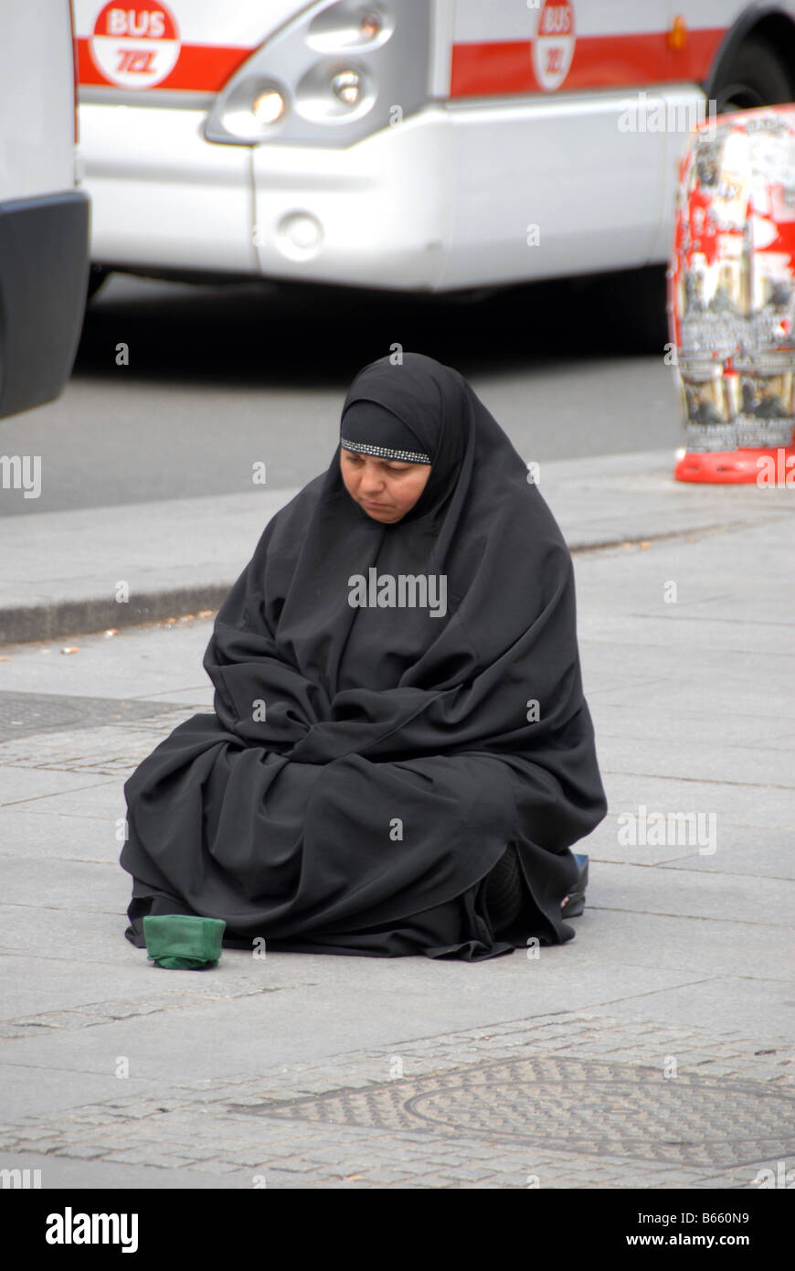muslim single women in lyon station Social reproduction in france: religious dress laws  2011 and has disproportionately impacted muslim women  the women targeted were divorced or single, .