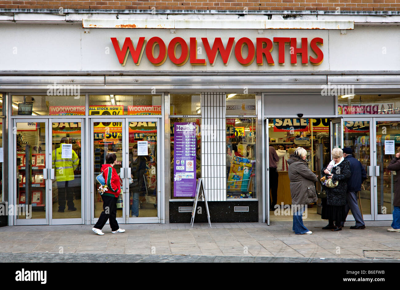 Woolworths shop front closing down sale sign Ebbw Vale ...