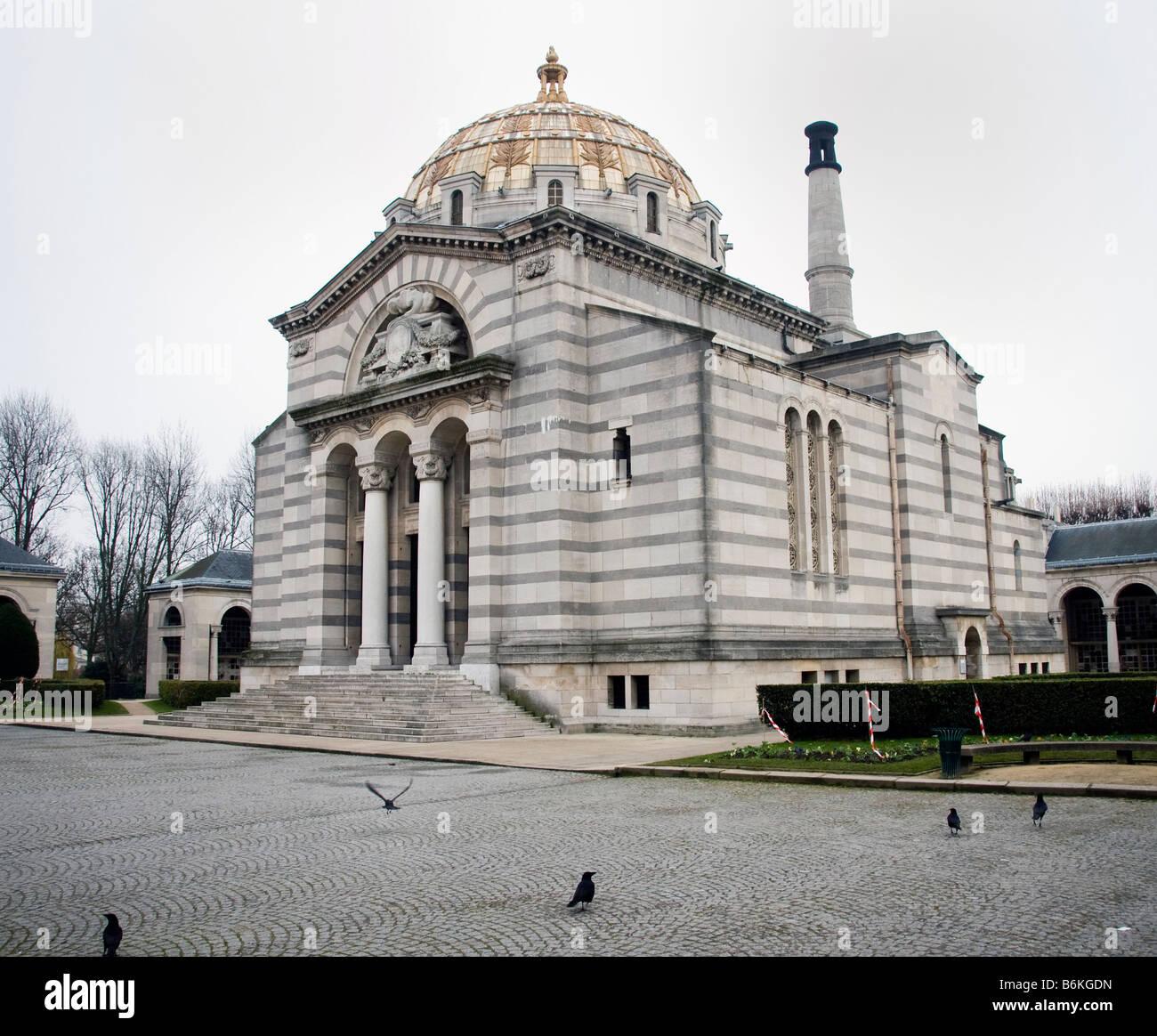 The crematorium at pere lachaise cemetery in paris stock - Cimetiere pere la chaise ...