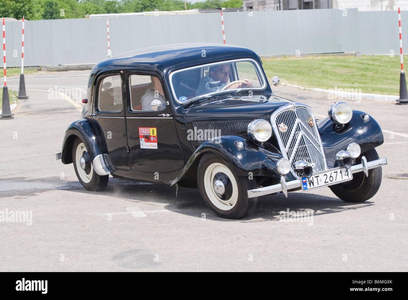 citroen bl 11 1954 11 4cv traction avant stock photo royalty free image 21350635 alamy. Black Bedroom Furniture Sets. Home Design Ideas