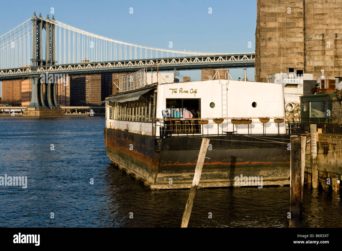 The River Cafe restaurant is seen in front of the Brooklyn ...
