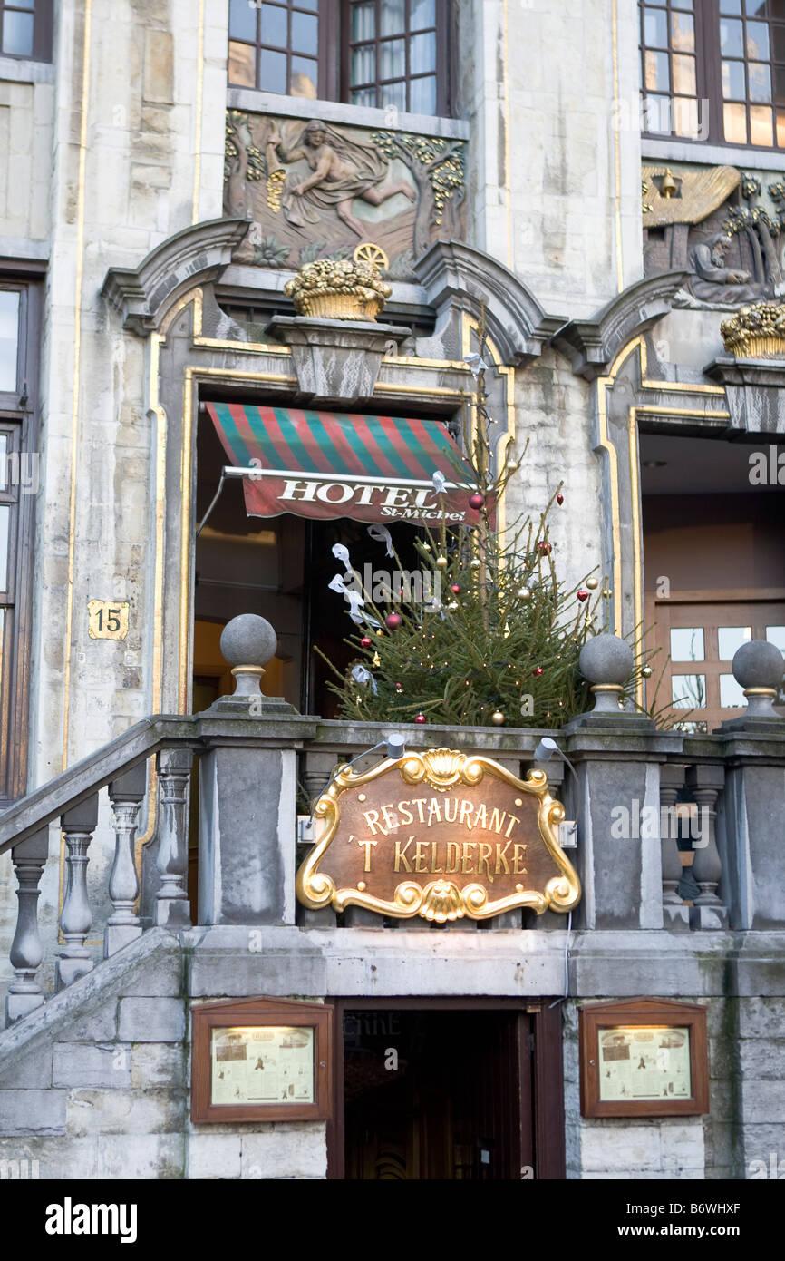 Christmas tree restaurant t kelderke grand place brussels