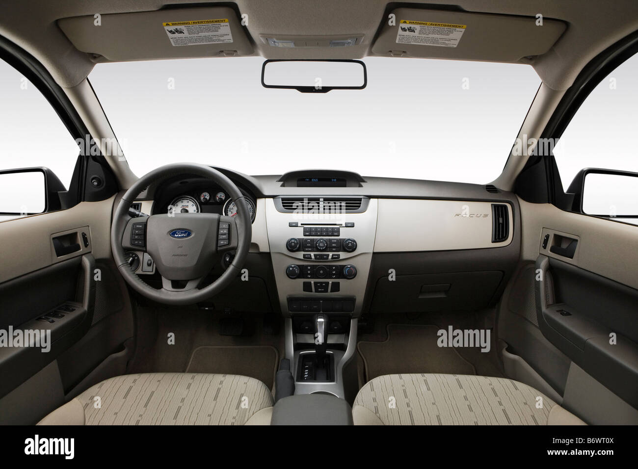 2009 ford focus se in silver dashboard center console gear shifter view