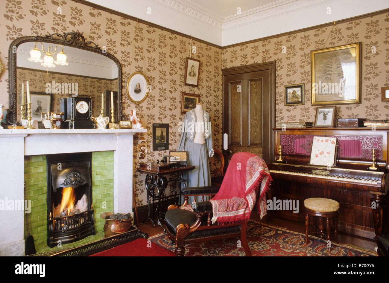 Glasgow The Tenement House Period Sitting Room Scotland UK Interior View  Museum Furnished Fire Furniture Domestic Part 42