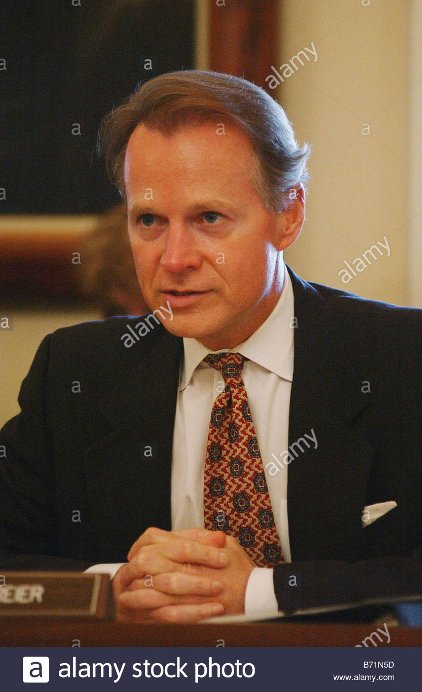 9 17 02 HOUSE RULES COMMITTEE House Rules Committee Chairman David Dreier R  Calif CONGRESSIONAL QUARTERLY PHOTO BY SCOTT J FERRELL