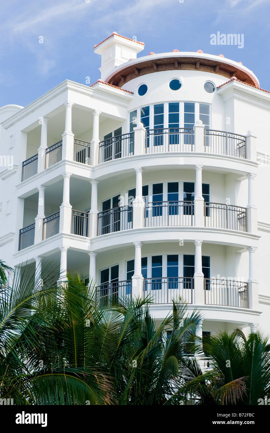 Palm beach florida study of modern colonial style for Contemporary colonial architecture