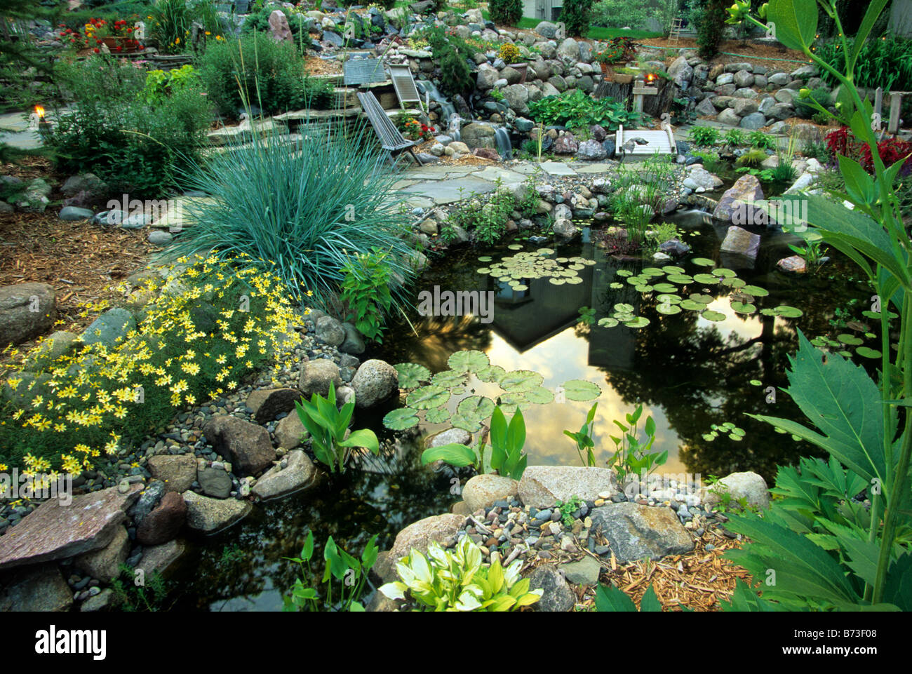 minneapolis minnesota water garden includes ornamental