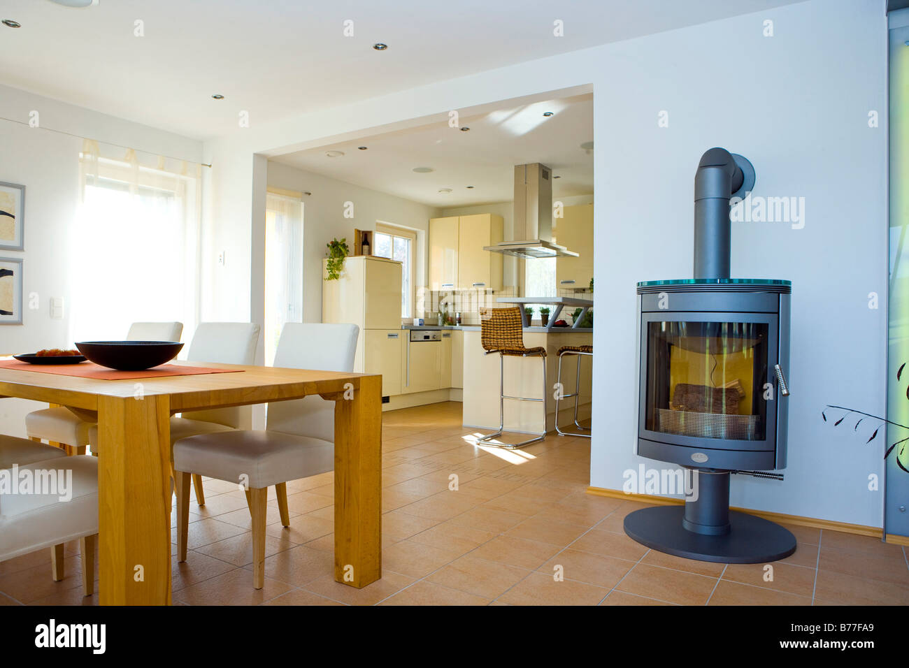 modernes esszimmer, modern dining room stock photo, royalty free