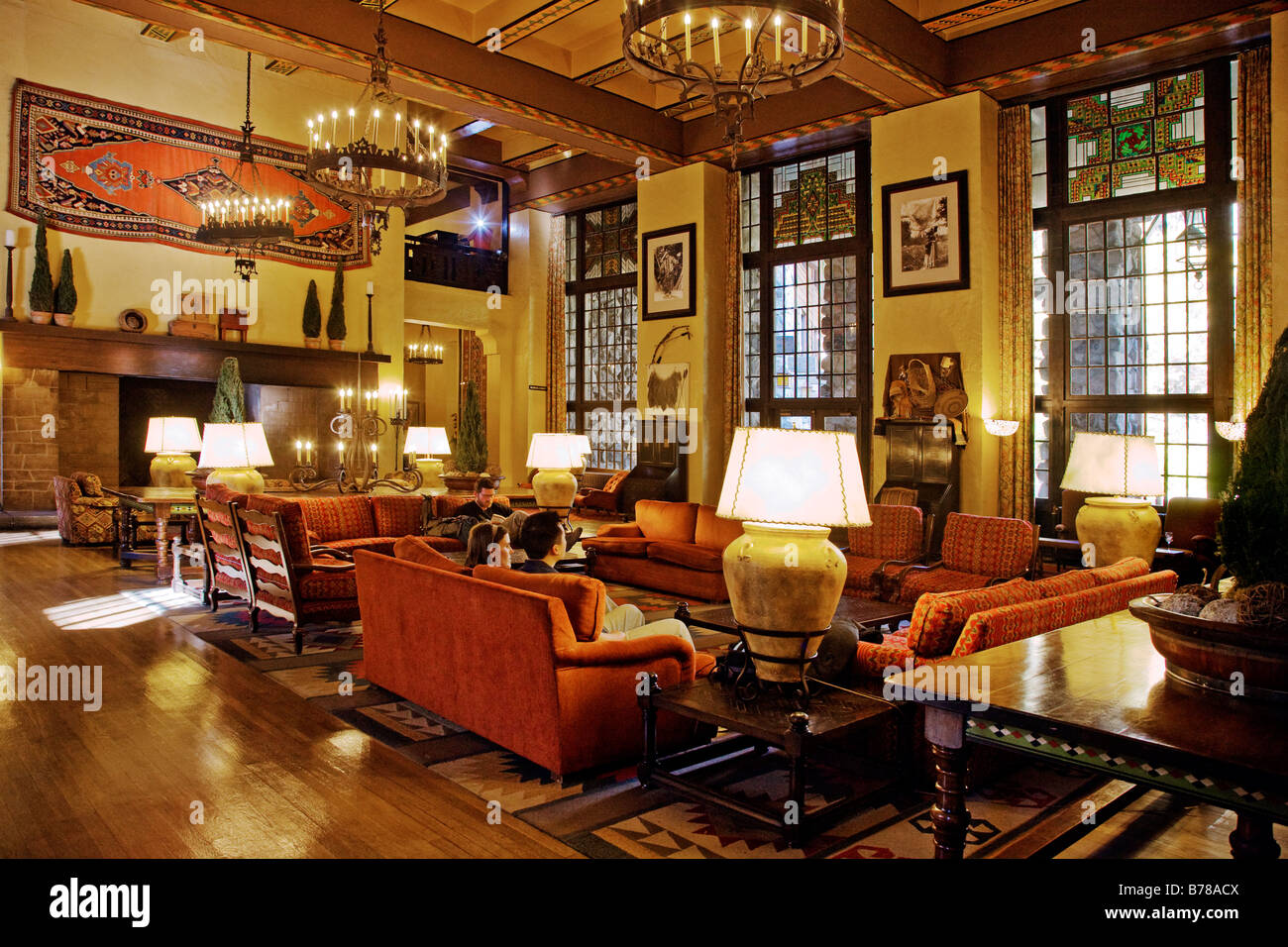 The grand sitting room of the ahwahnee hotel built in 1925 for Sitting room suites