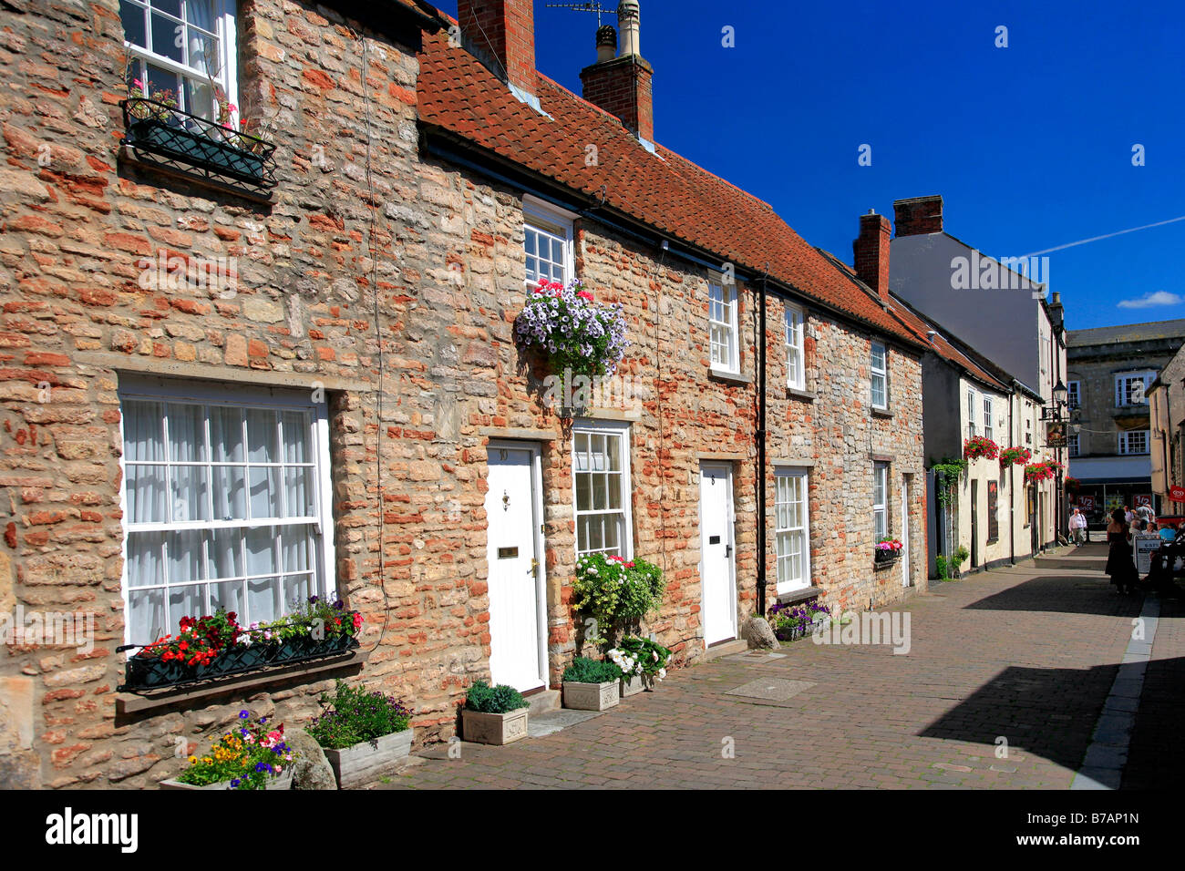 traditional english stone cottages wells city somerset county england stock photo royalty free. Black Bedroom Furniture Sets. Home Design Ideas