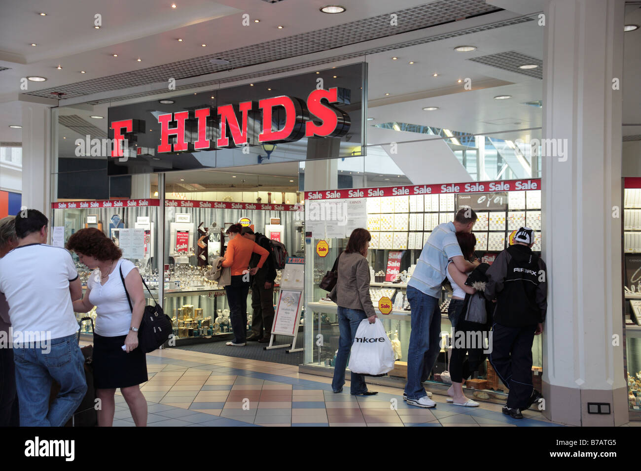 f hinds store octagon shopping centre burtonupontrent