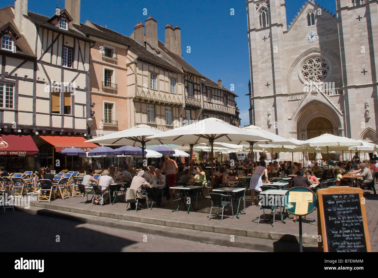 place st vincent chalon sur saone burgandy france eu stock photo royalty free image 21840468. Black Bedroom Furniture Sets. Home Design Ideas