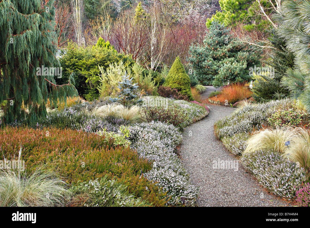 winding garden path stock photos u0026 winding garden path stock
