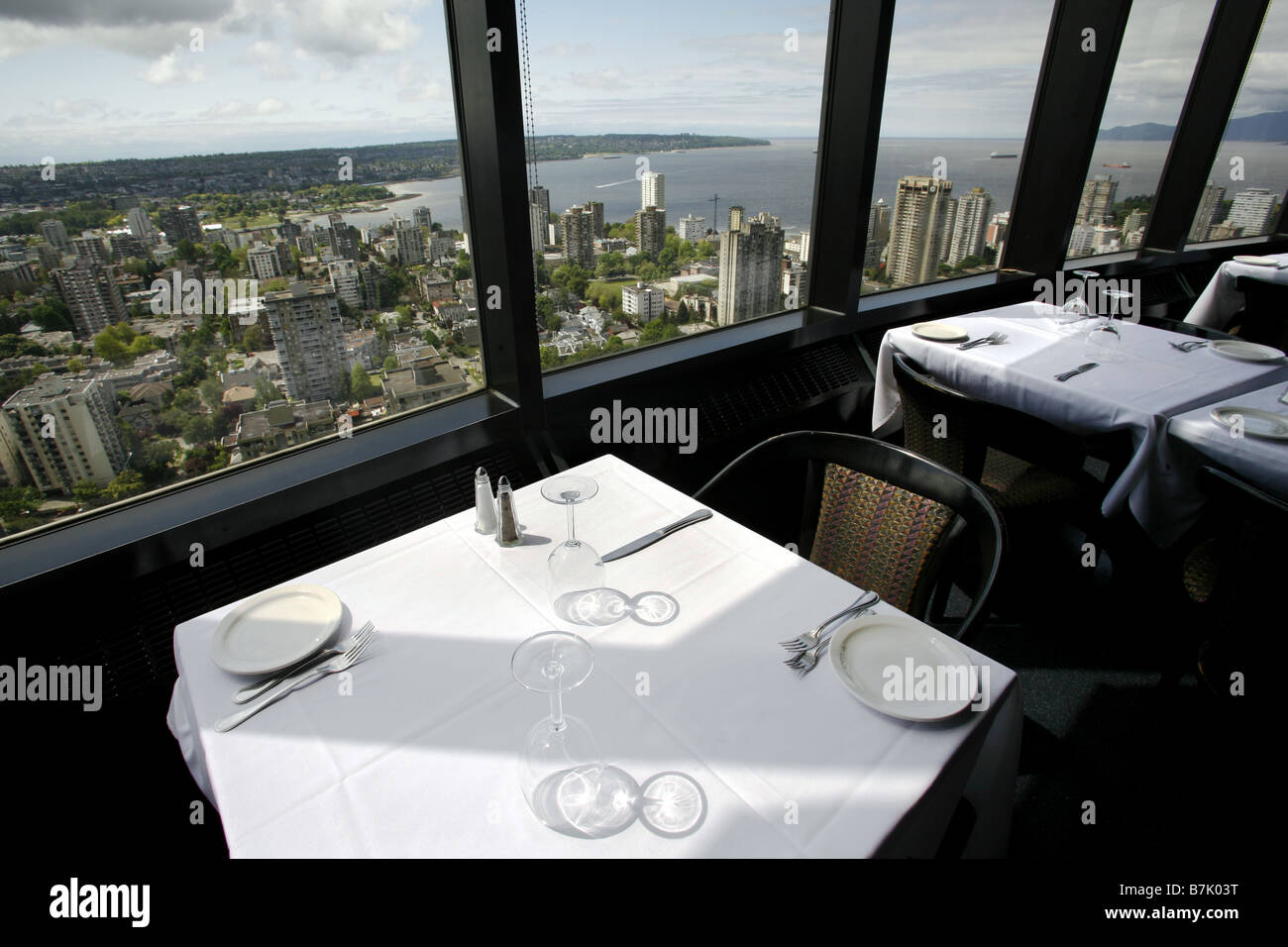 restaurant and revolving observation deck stock photos cloud 9 revolving restaurant vancouver british columbia canada stock image