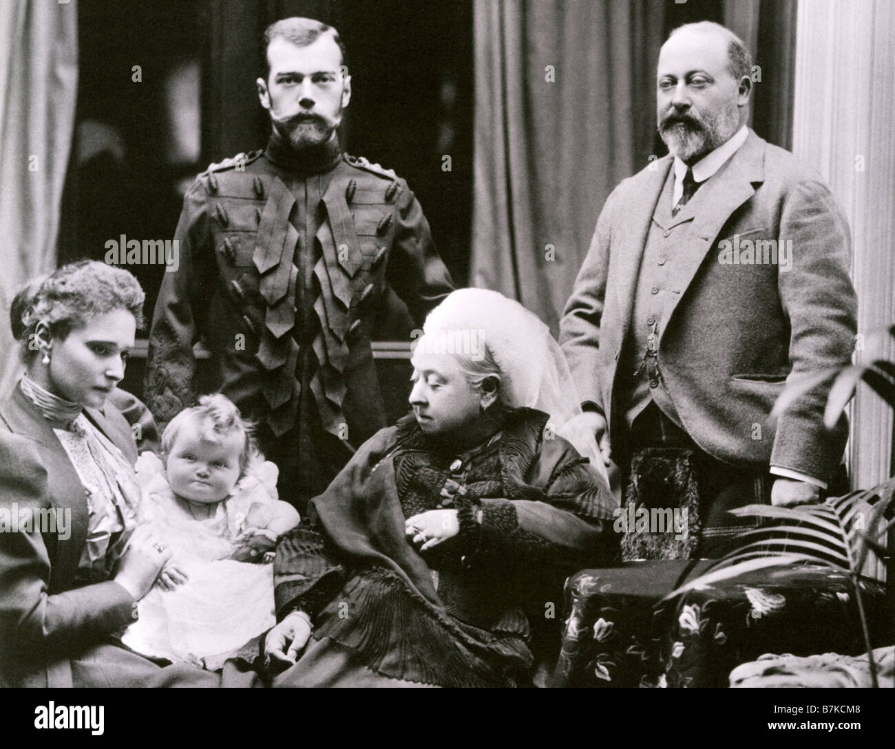 queen victoria and albert edward prince of wales are visited at stock photo 21940024 alamy. Black Bedroom Furniture Sets. Home Design Ideas
