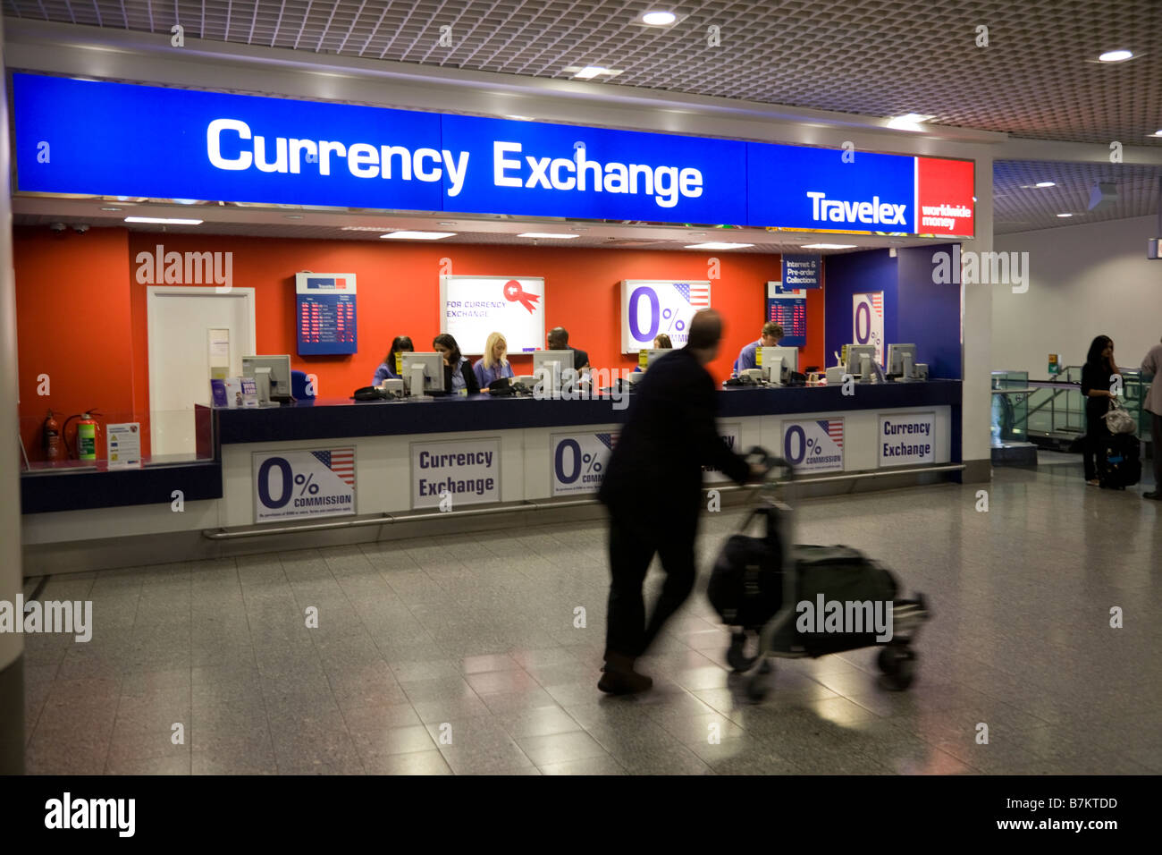 bureau de change office operated by travelex at heathrow airport stock photo 21949241 alamy. Black Bedroom Furniture Sets. Home Design Ideas