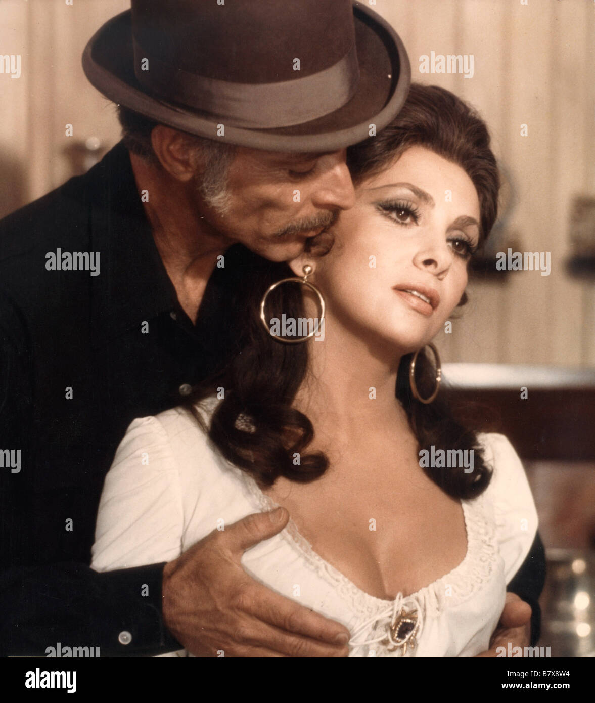 Gina Lollobrigida Lee Van Cleef Directed by Eugenio Martín Stock ...