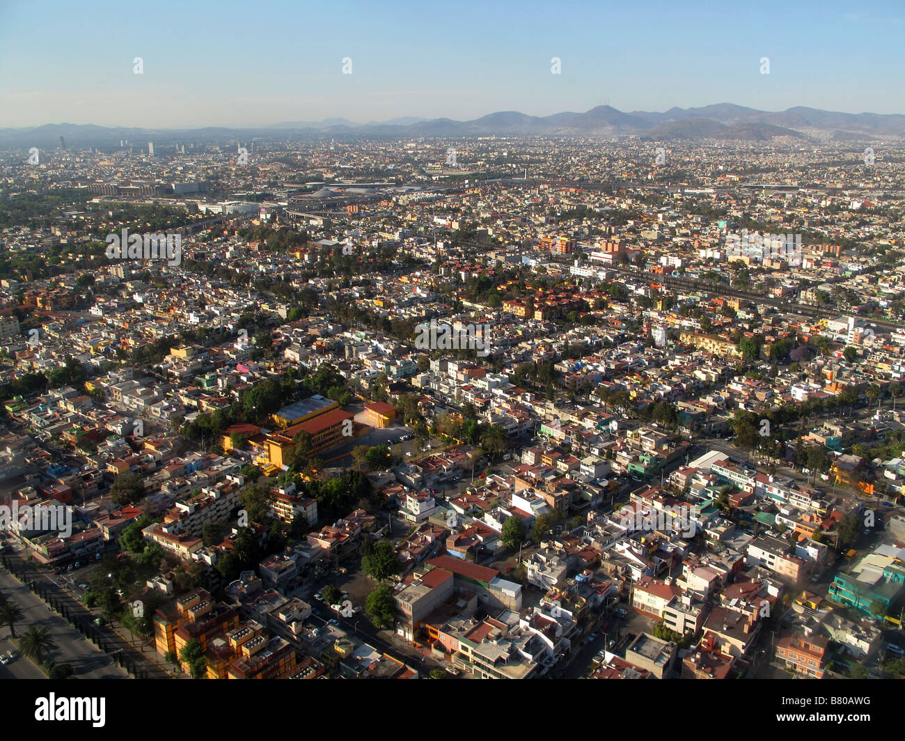 population in mexico city In 2030, the population of mexico will reach 137 million, an increase of 113% from 2017 population growth will continue to slow in 2017-2030 due to falling births and rising deaths and the country will age rapidly, compounded by falling fertility and birth rates as well as increases in older age groups.