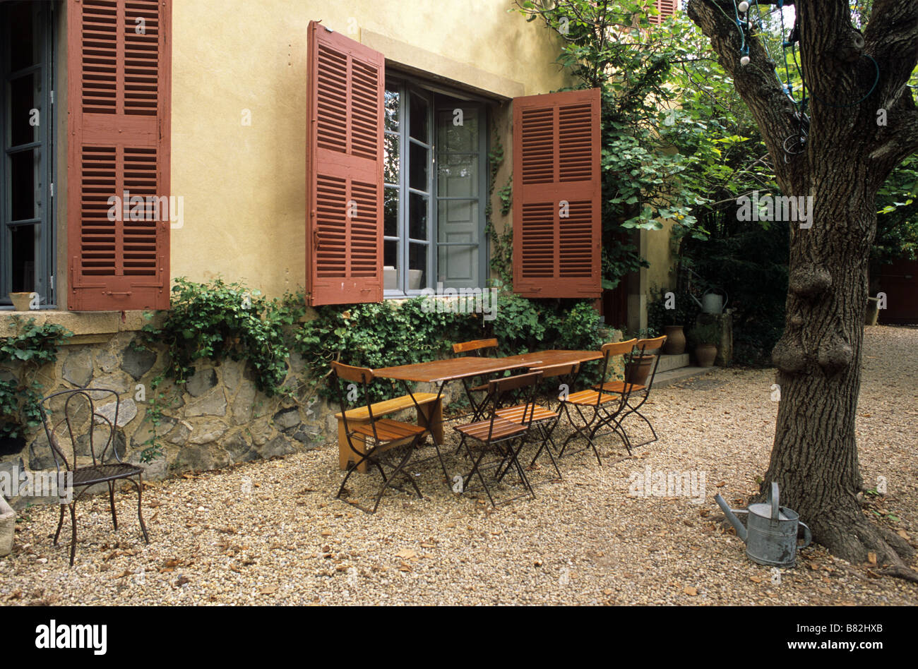 The exterior of the paul cezanne workshop studio or atelier stock photo royalty free image - Atelier cuisine aix en provence ...