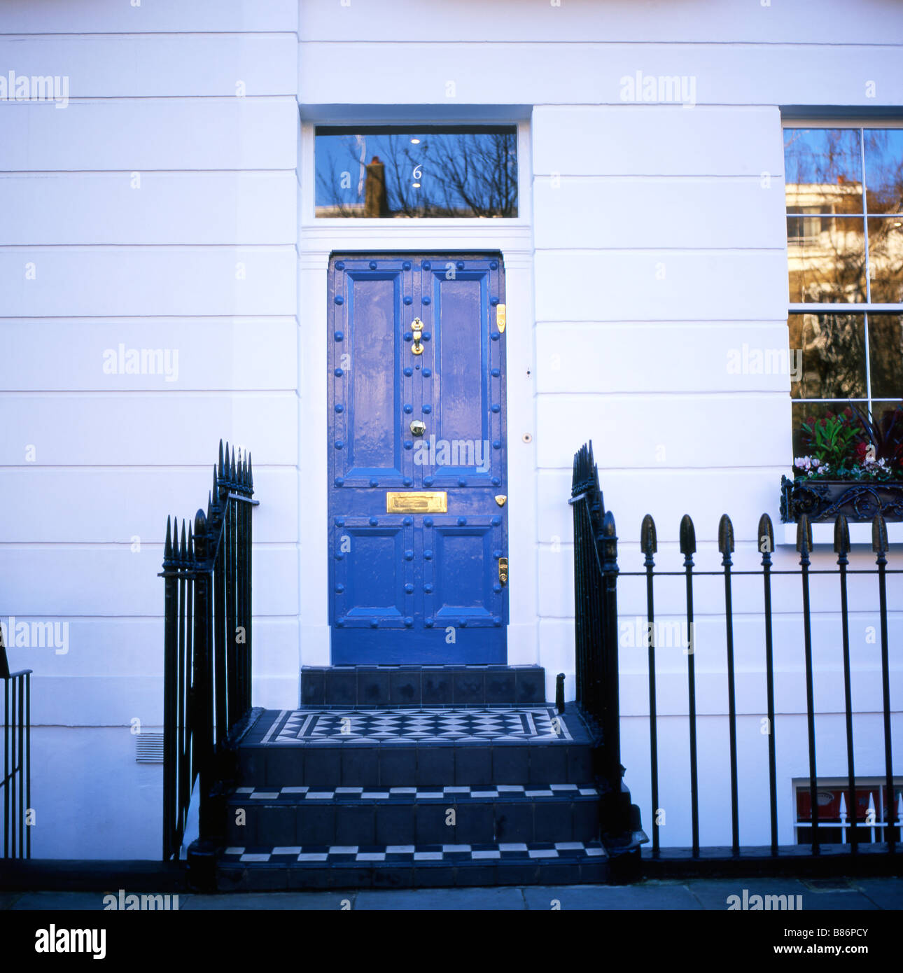 Blue front door near Kings Road Chelsea London England UK KATHY DEWITT : door kings - Pezcame.Com