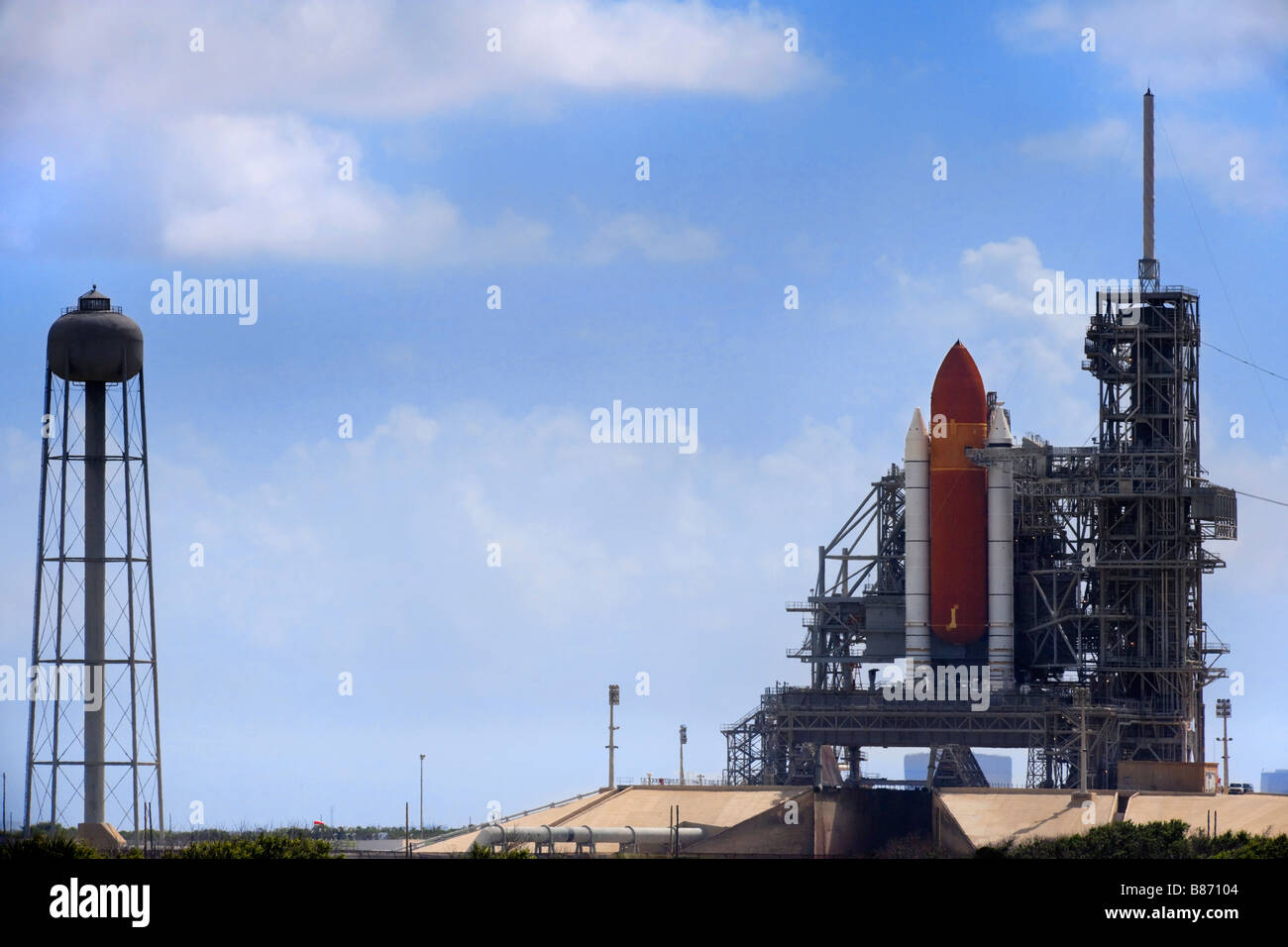 Kennedy Space Center NASA Space Shuttle Discovery on ...