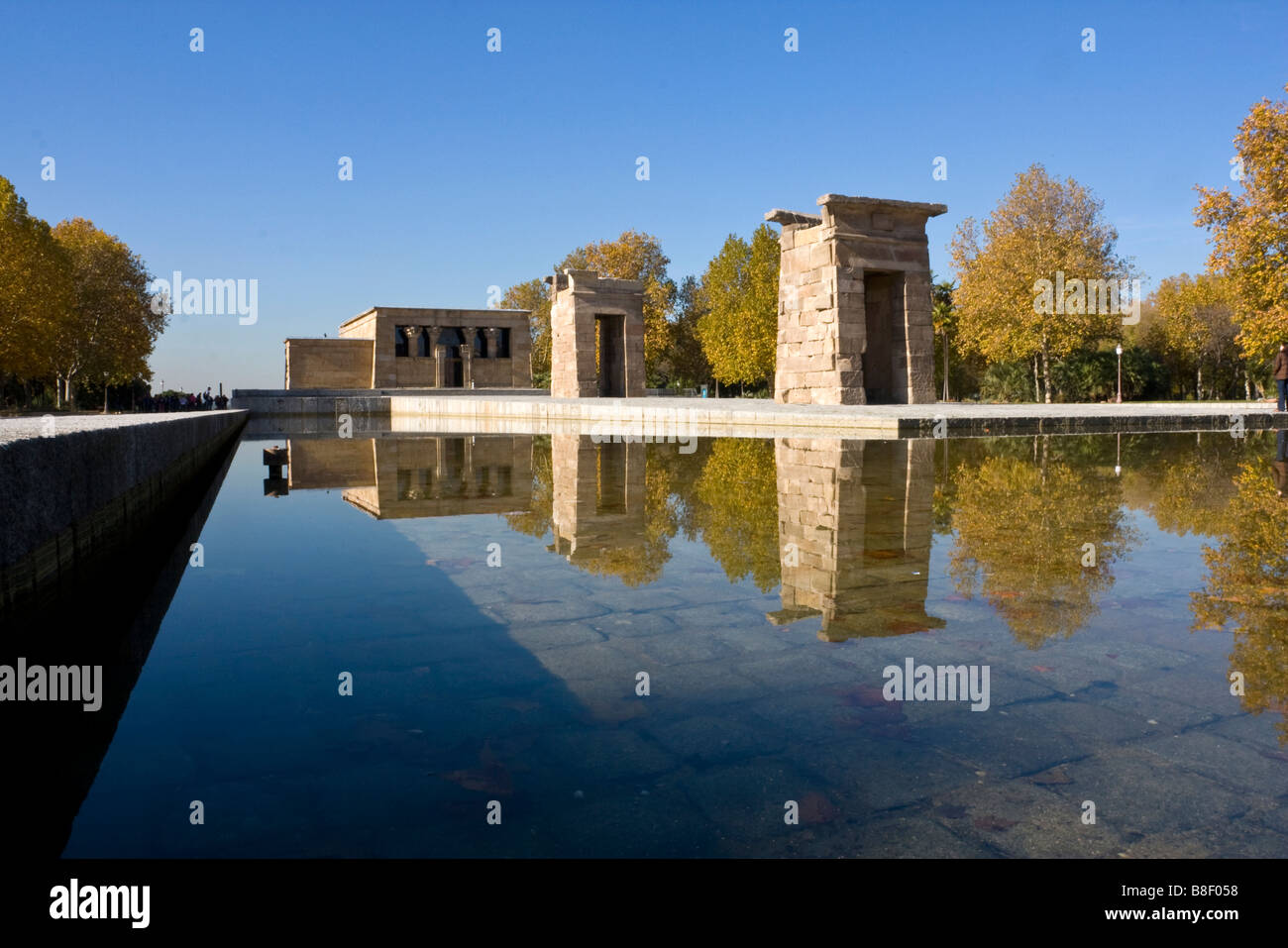 egyptian tempo de debod madrid