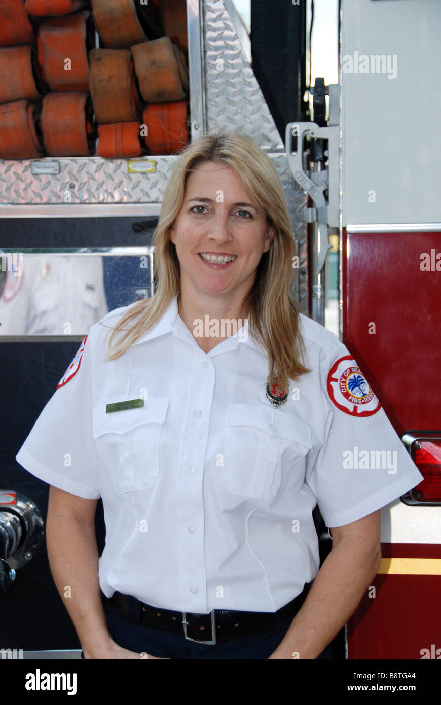dating a firefighter paramedic I am dating a guy in the fdny for 2 almost 3 months now i am aware of the schedule, the bond with his brothers, the passion for the job i only encourage it and am very proud of him.
