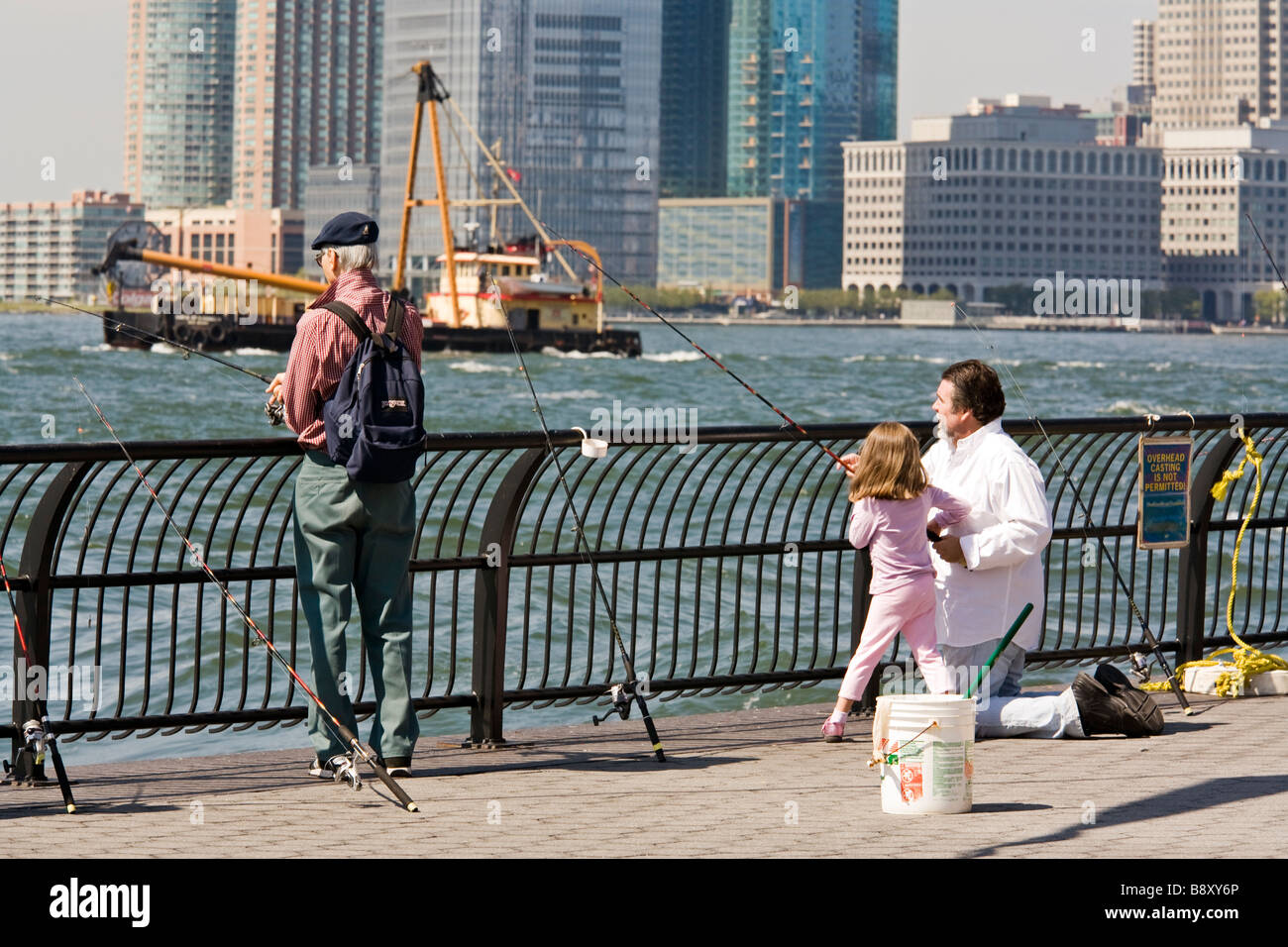 Fishing in the hudson river from battery park lower for Fishing in new york city