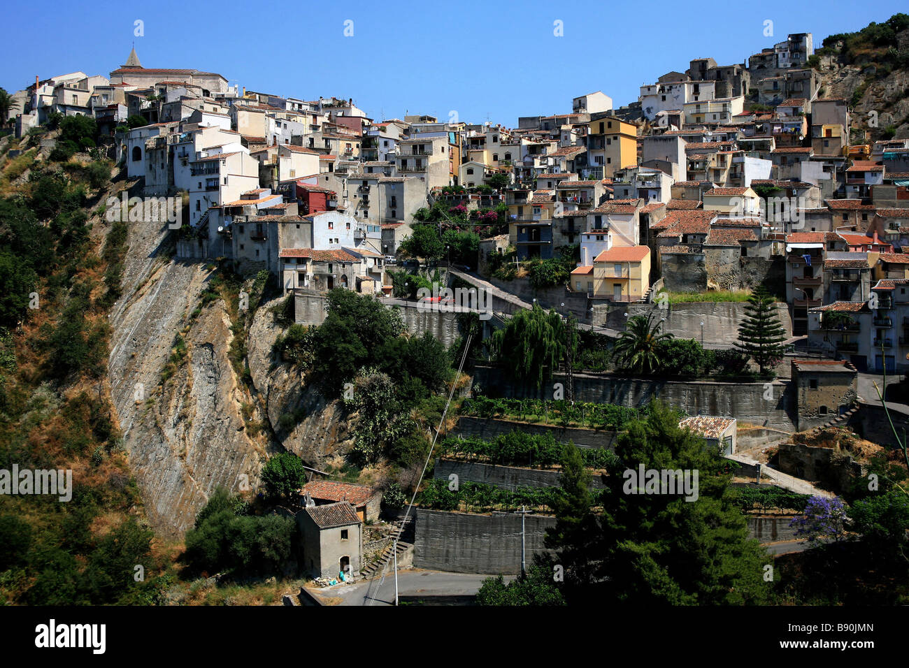 Landscape motta camastra sicily italy stock photo for Motta arredi catania