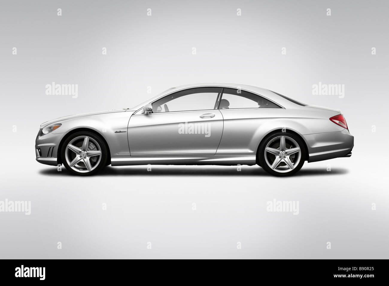 2009 mercedes benz cl class cl63 amg in silver drivers. Black Bedroom Furniture Sets. Home Design Ideas