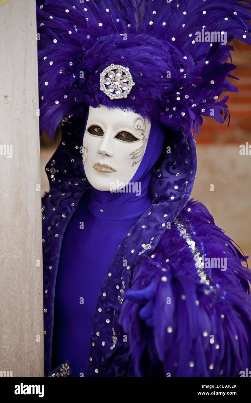 Venice Carnival. full length girl woman purple hat Costume & mask ...