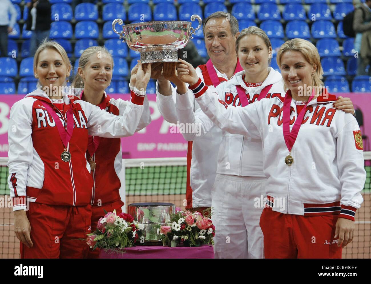 Russian Federation Singles Free 17