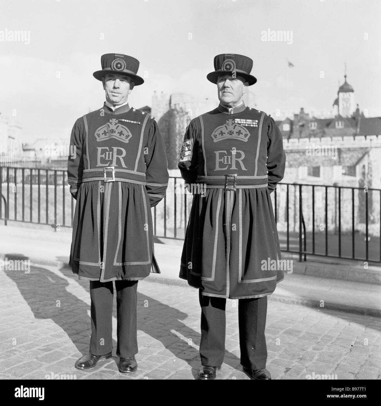 two ye of the english royal guard or beefeaters of tower of stock photo two ye of the english royal guard or beefeaters of tower of london in this picture taken in the 1950s by j allan cash