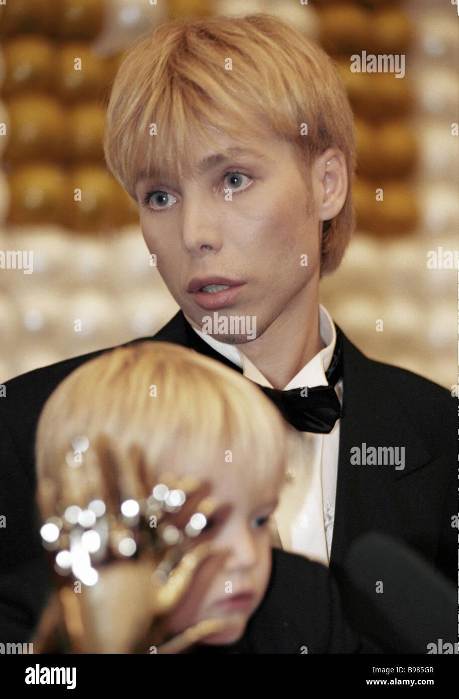 Stock Photo - Top stylist Sergei Zverev attends sixth official Ovatsiya awards ceremony - top-stylist-sergei-zverev-attends-sixth-official-ovatsiya-awards-ceremony-B985GR