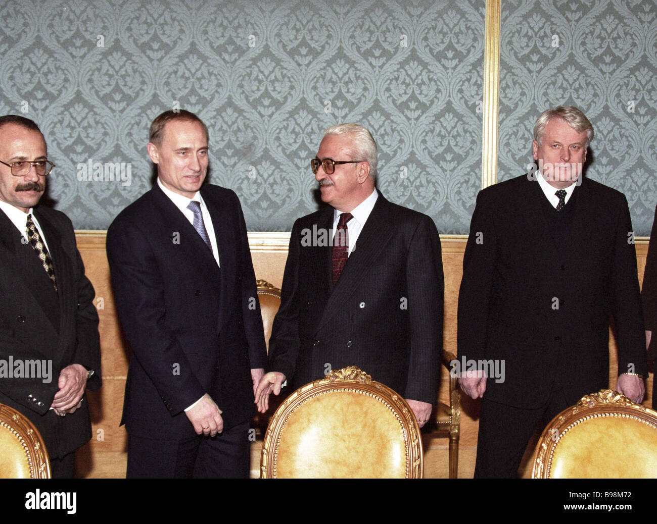 i foreign minister stock photos i foreign minister stock russian prime minister vladimir putin meeting tariq aziz of i foreign minister tariq aziz
