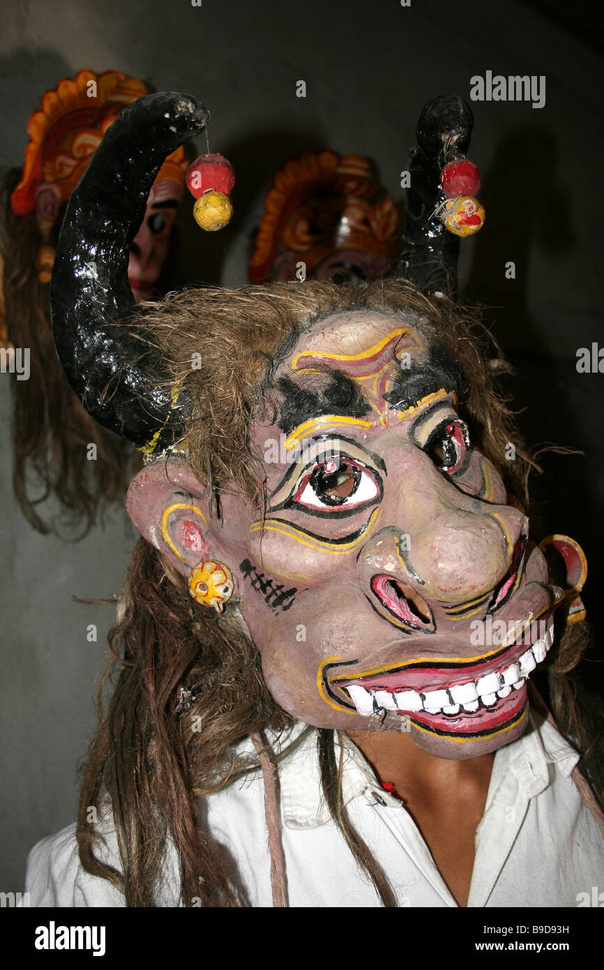 Mask Makers Stock Photos & Mask Makers Stock Images - Alamy