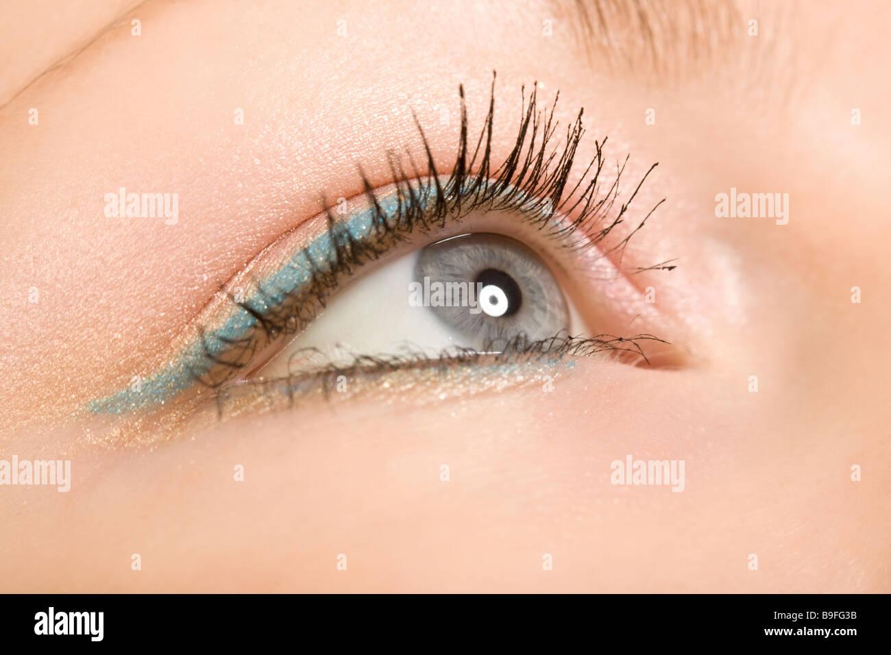 female wide open eye with long eyelashes macro Stock Photo ...