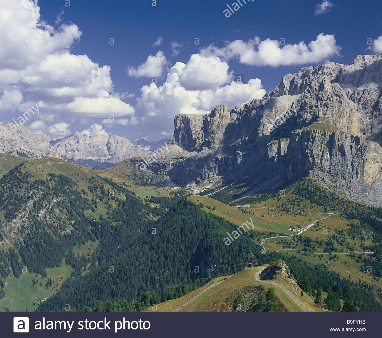 Italy south tyrol dolomites gr dnerjoch passport streets for Best view of dolomites