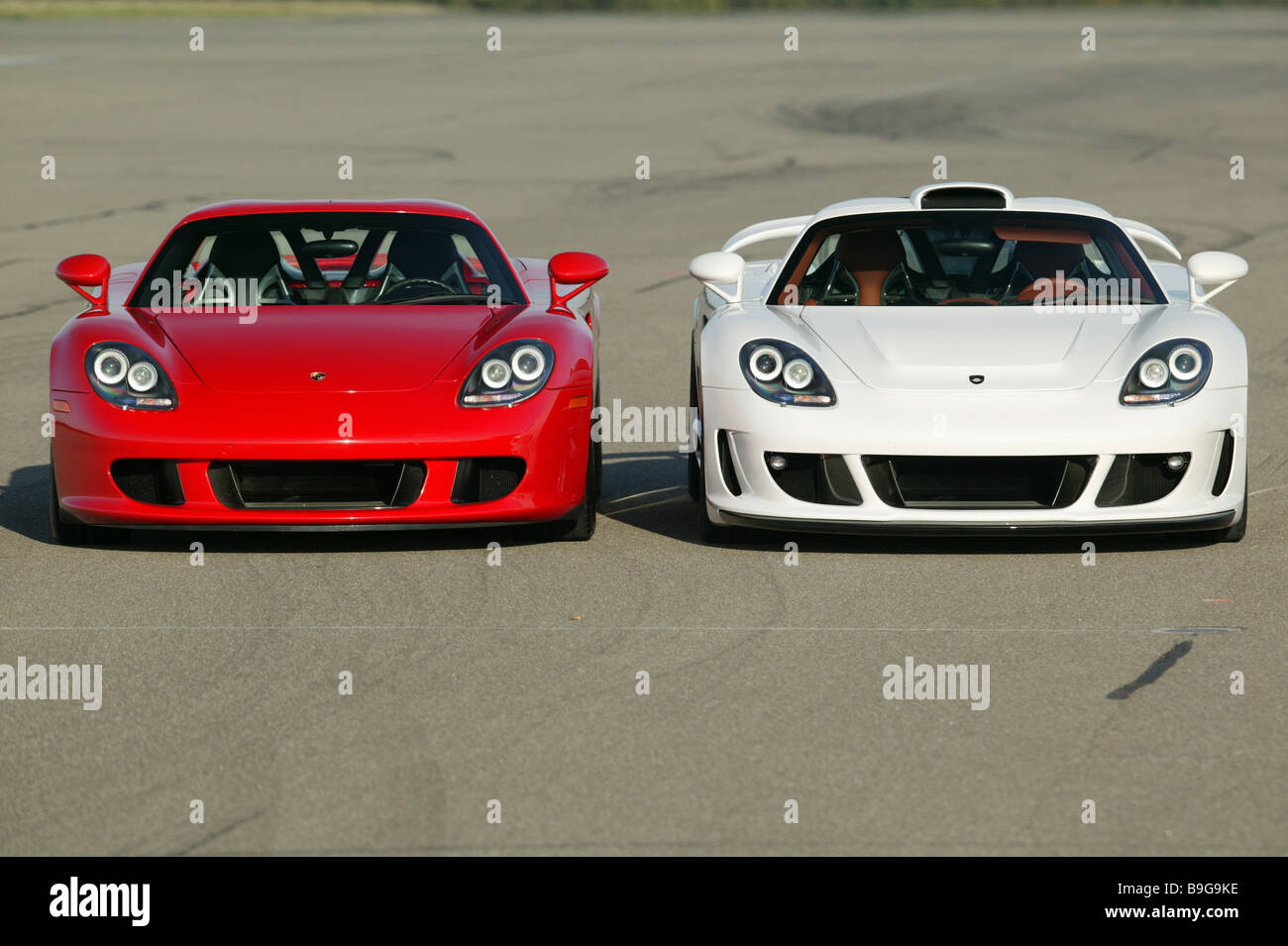 Porsche Gemballa Mirage White Red Front View Series Vehicles Car Sport Cars  Sport Cars Side By Side Symbol Spin Car Driving
