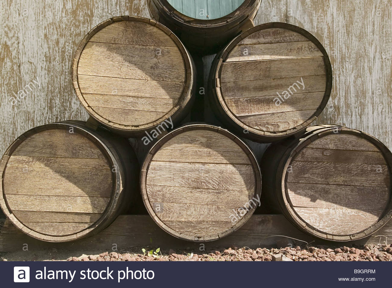 oak barrels stacked top. Stack Wine Barrels. Wood-barrels Oak-barrels Barrels Wine-barrels Six Oak Stacked Top Qtsi.co