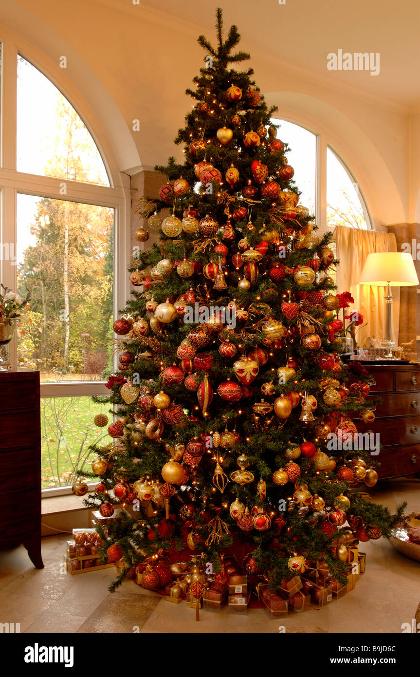 Large decorated christmas tree villa ambiente nuremberg Large decorated christmas trees