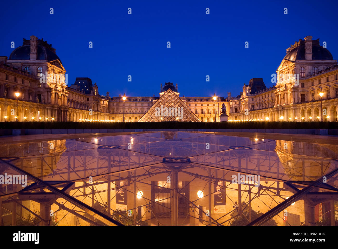 France paris louvre museum and the inverted pyramid by - Louvre architekt ...