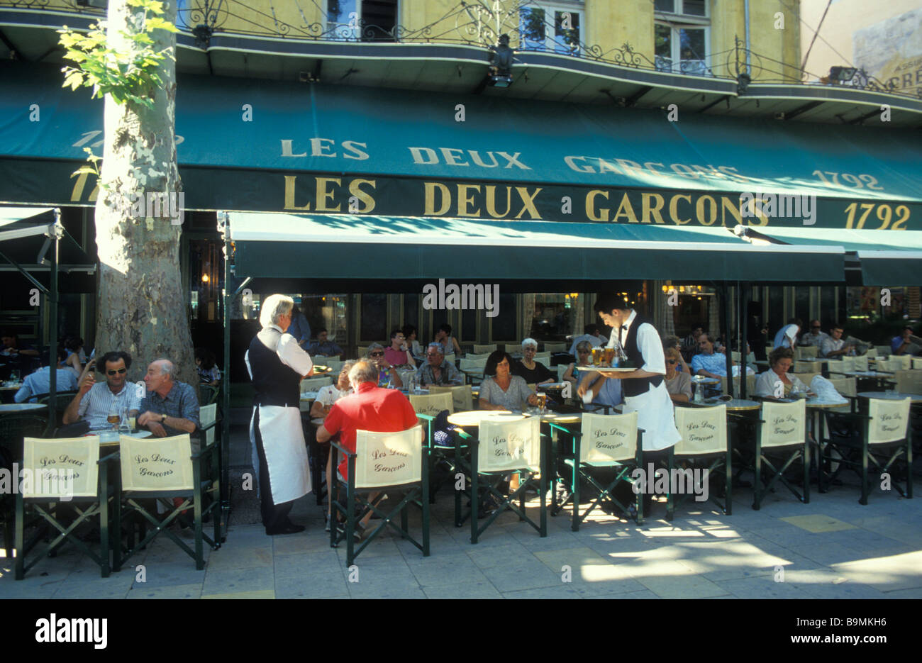 cafe les deux garcons restaurant aix en provence provence france stock photo royalty free. Black Bedroom Furniture Sets. Home Design Ideas