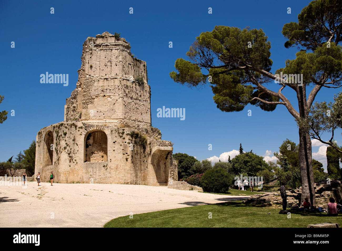 France gard nimes tour magne gallo roman tower in jardins de la stock photo royalty free - Tour magne nimes ...