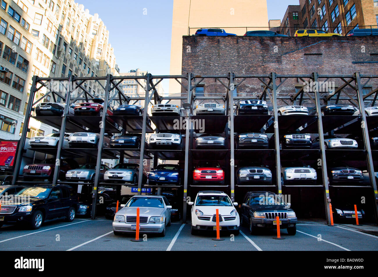 Multi level open space car parking manhattan new york for Ny city parking garages