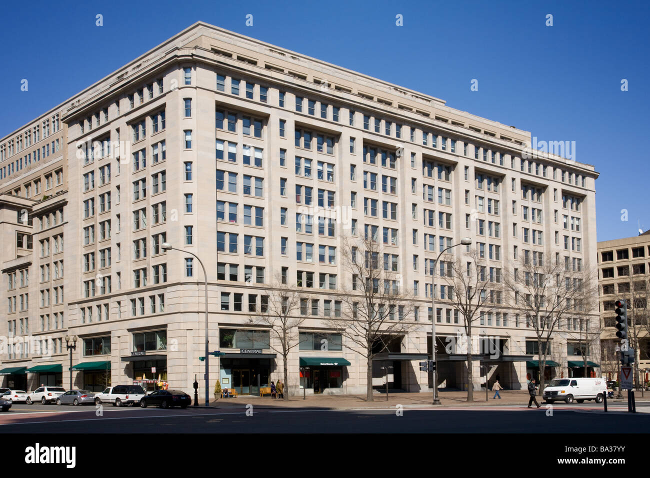 The Carlyle Group has its world headquarters in this ...