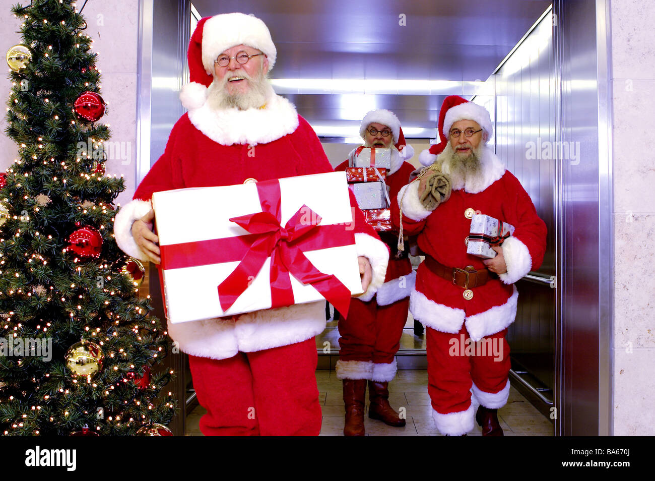 Elevator Santa Claus Cheerfully Gifts Carries Gets Out
