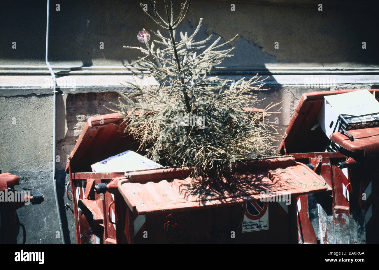 house wall waste containers christian tree christmas tree fir tree waste disposal - Christmas Tree Containers