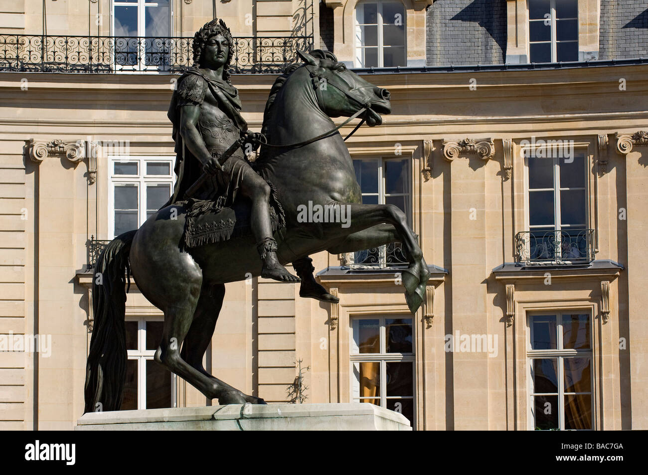 France paris place des victoires louis xiv equestrian statue stock photo royalty free image - Place des victoires metro ...
